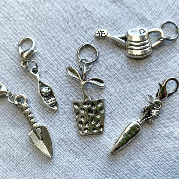 A set of 5 Gardening stitch markers