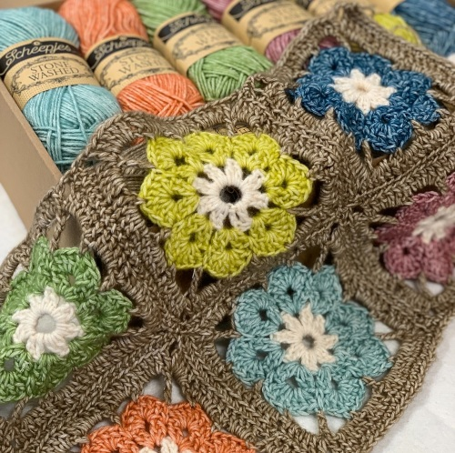 Cosmos Blanket Kit - Vintage Garden