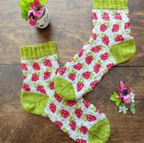 Berry Special Socks Kit
