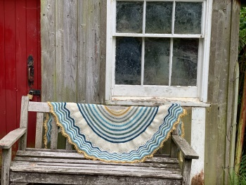 """The Tricot-et-Stitch """"Claire"""" Shawl - On the Beach"""
