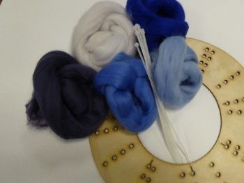 Wool Merino Blue Wreath Kit
