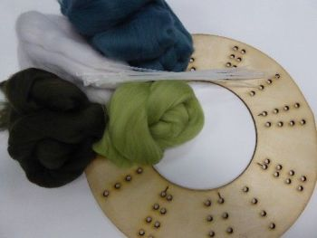 Wool Merino Green Wreath Kit