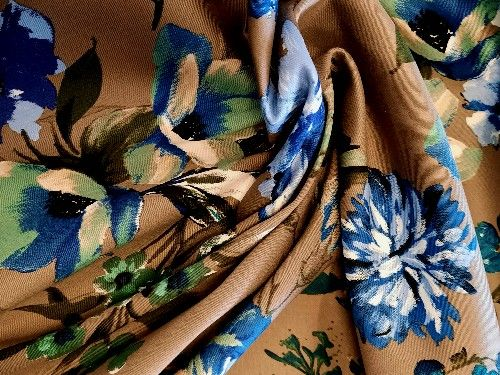 Khaki floral Cotton Sateen   97% Elast 3%  CS0003