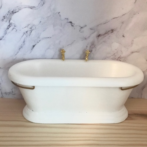 White Freestanding Roll Top Bath