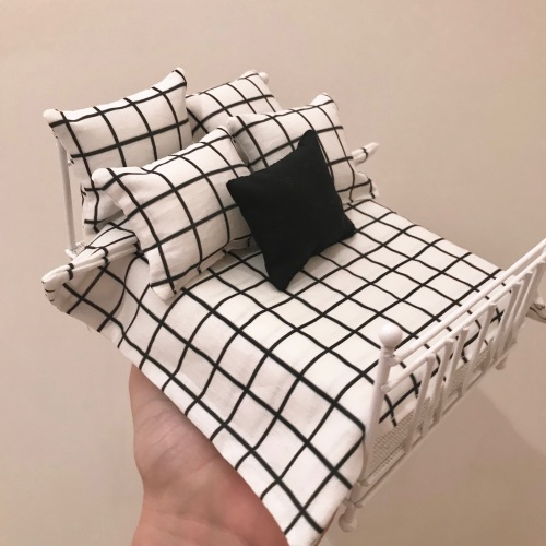 Monochrome Bedding Sets - various designs