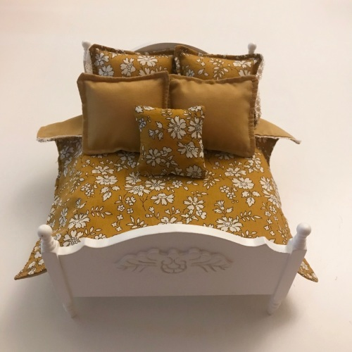 White Decorative Wooden Double Bed