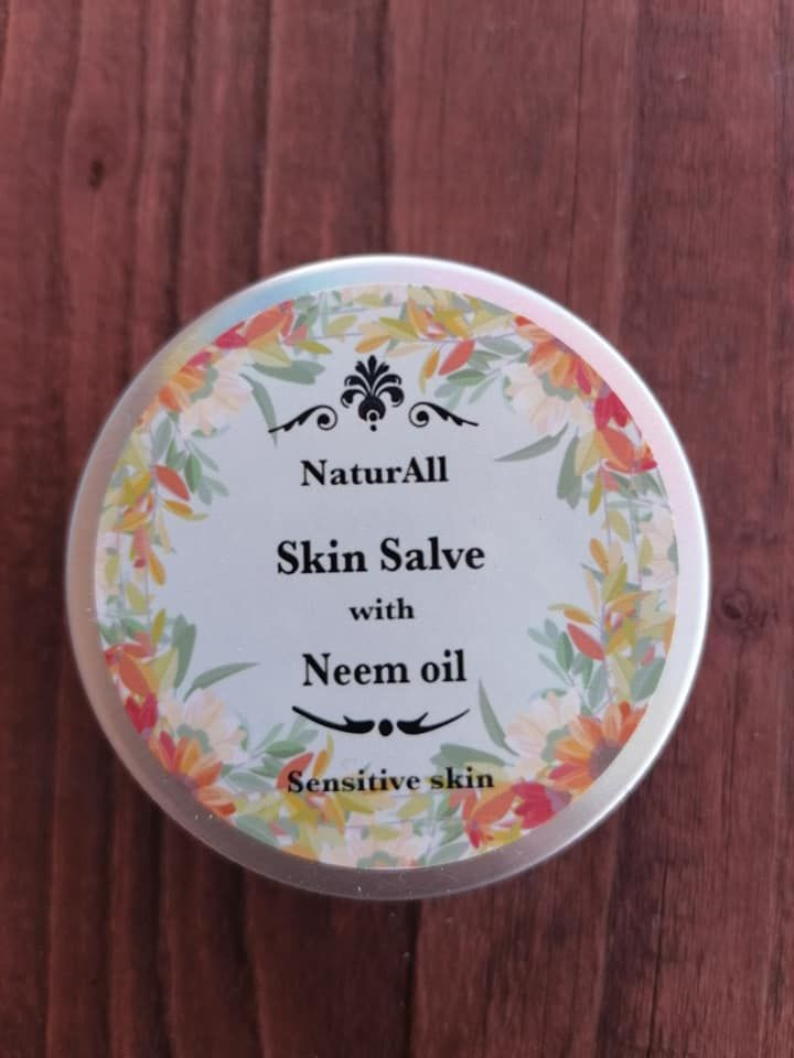 Skin Salve with Neem oil and Manuka Honey