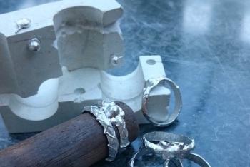 Swan Lane Ring