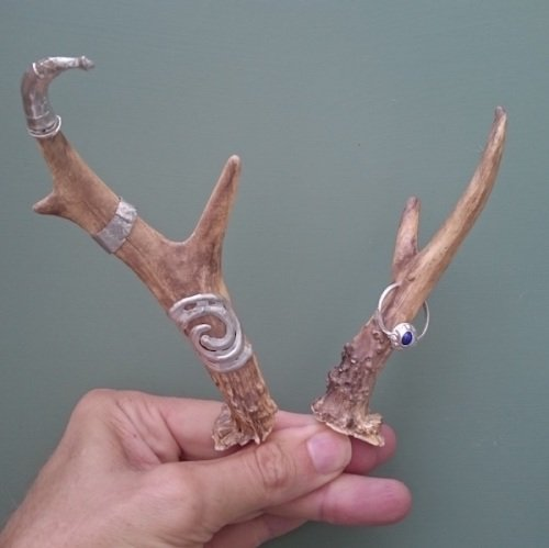 Changeling antler mounts