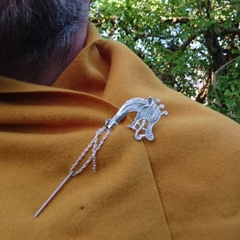 DragonHead Cloak Pin