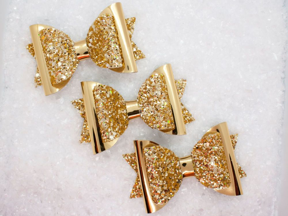 Golden Treasures Bow