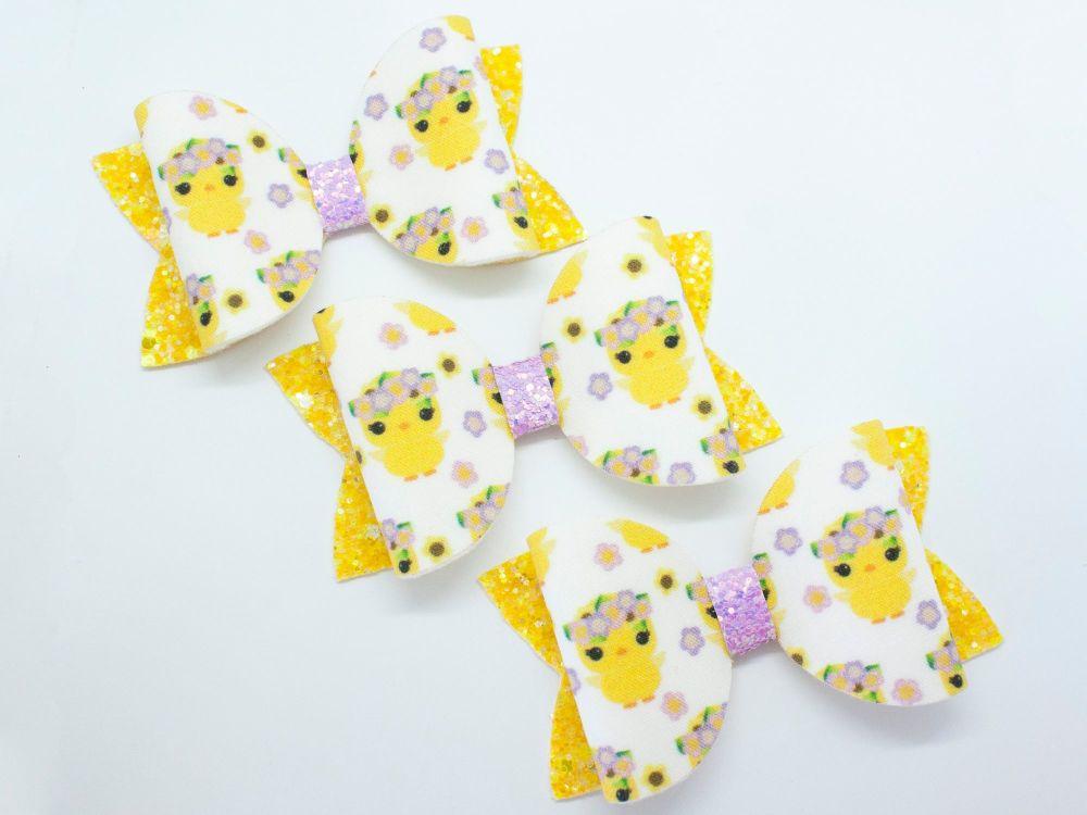Cute Little Chicks Bow
