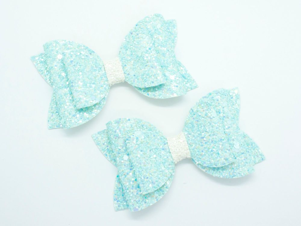 New Summer Glitter Bows – Caribbean Blue