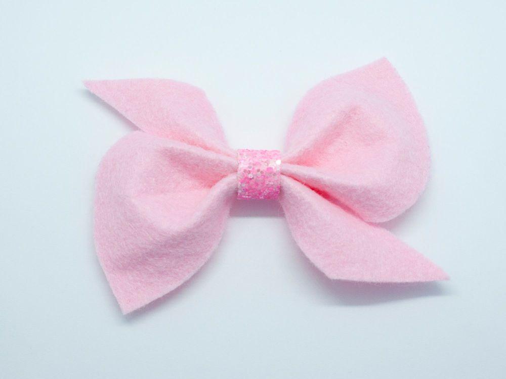 Scrunchi New Shape Felt Bow – Ballet Pink