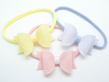 Adorable Baby Bows Suitable from Newborn up – choice of colours