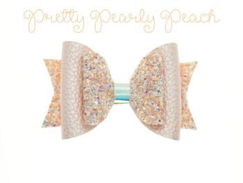 Pretty Pearly Peach – Standard Size Bow