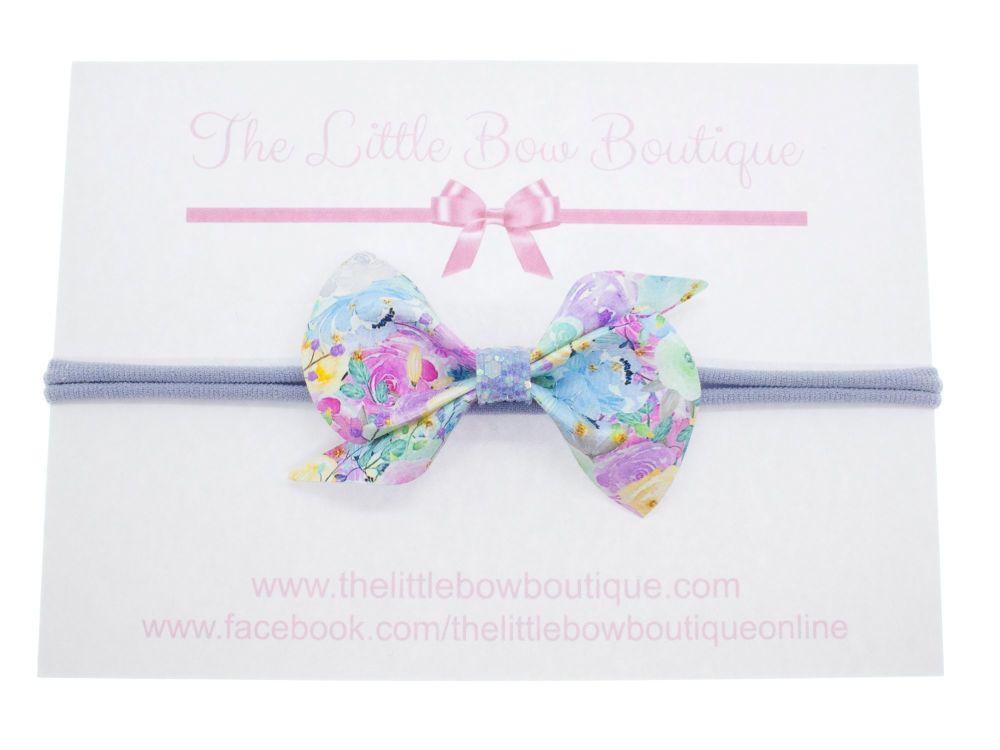 Scrunchi Shape Small Bow – Pretty Florals