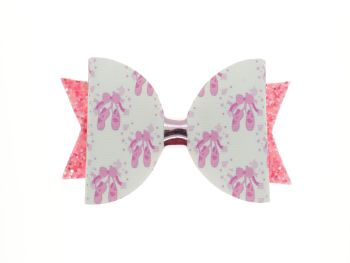 Pink Pointe Shoes Bow