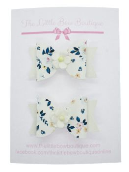 Autumn Blooms White Set of 2 Small Bows