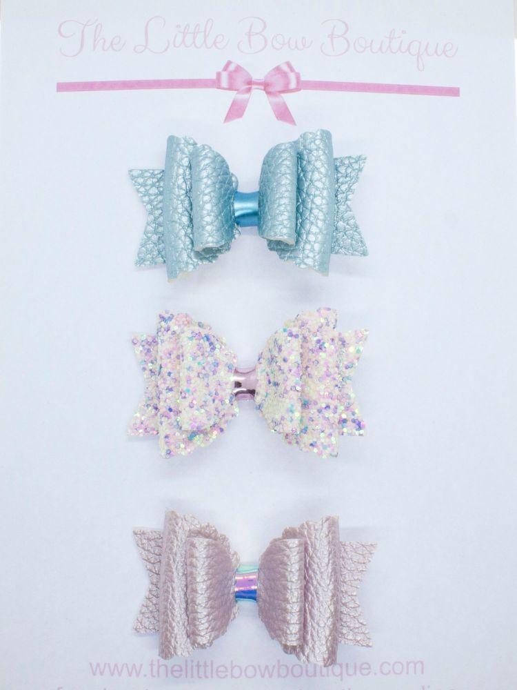 Scalloped edge bows Set of 3