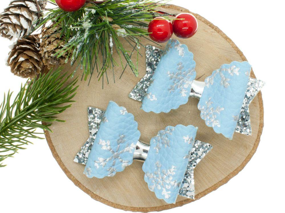 Snowflake sparkles Blue Small bows set of 2