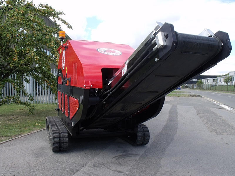 Midland Crusher Hire Red Rhino