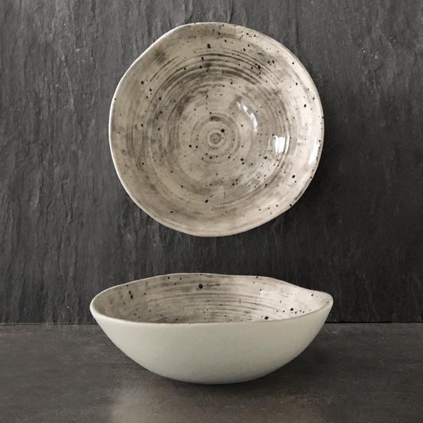 East of India Medium Bowl - Speckled Wash