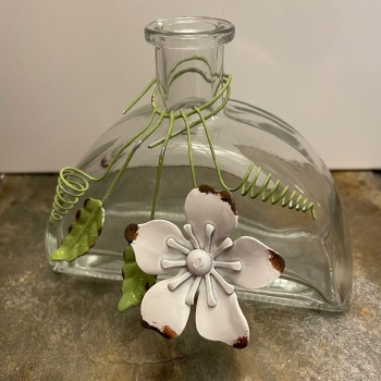 Heaven Sends Glass vase with flowers