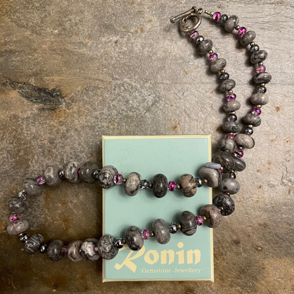 Ronin Rosa 2 Necklace