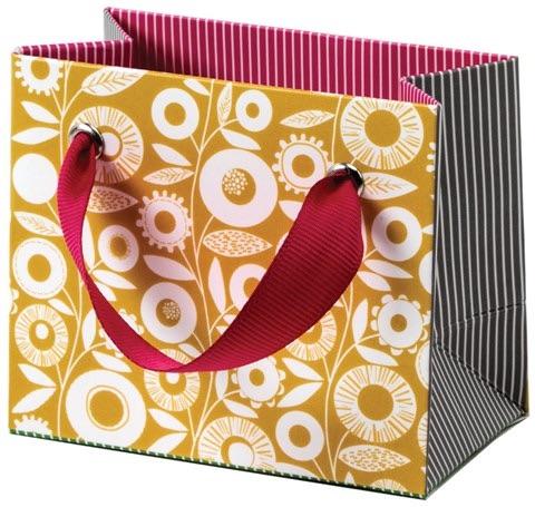Cinnamon Aitch Tiny Gift Bag -