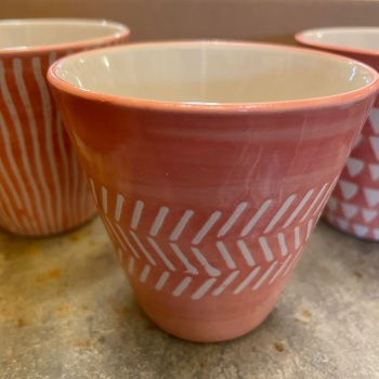 Sass and Bell - Single pink planter (Zigzags)