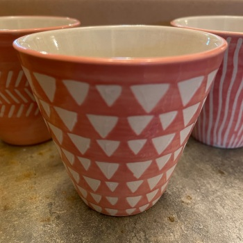 Sass and Bell - Single pink planter (Triangles)