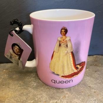 Designed in Colour (Ladybird) Alphabet Mug - Q is for Queen