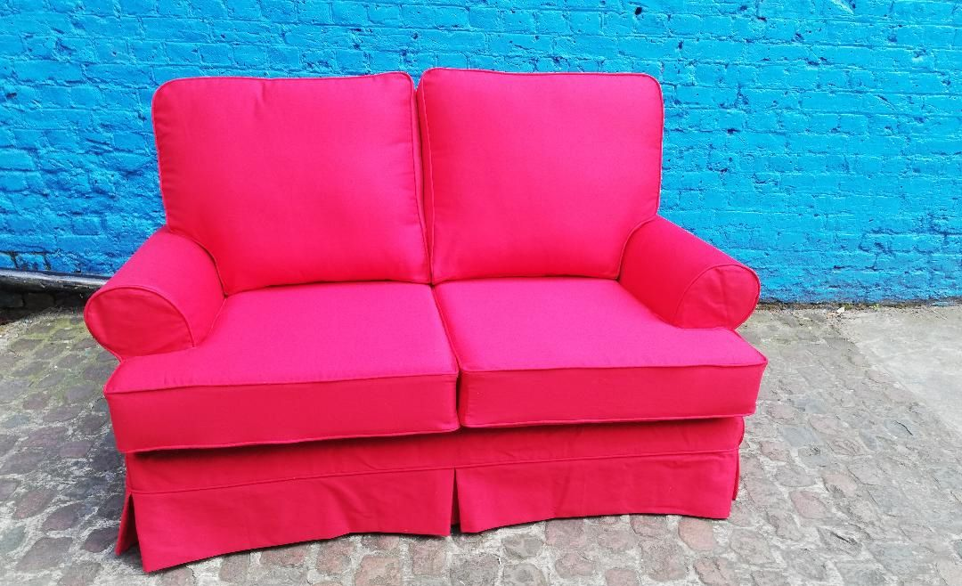 red loose sofa cover