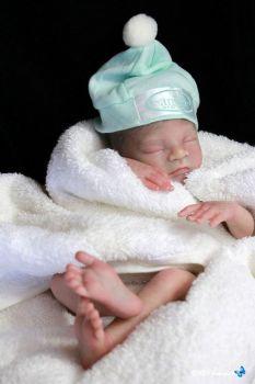 "Caleb - 13"" kit. Tiny baby! (Heather Boneham)."