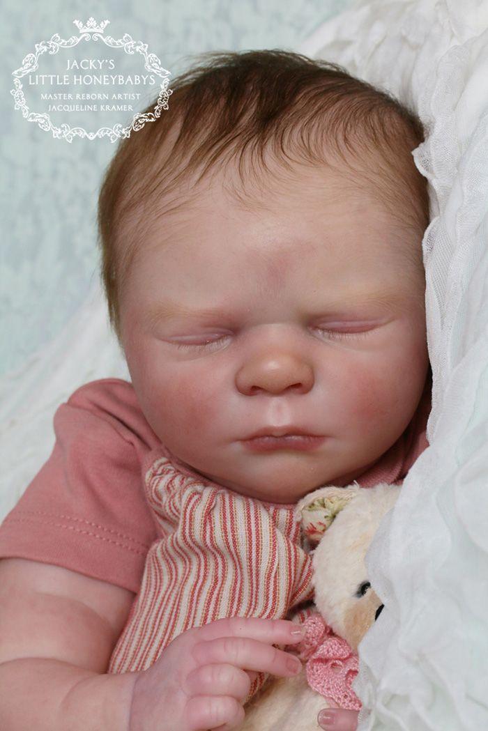 Realborn Emma sleeping - 20