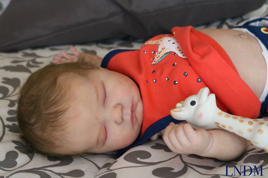 SECONDS Landon Sleeping Realborn® kit. 21
