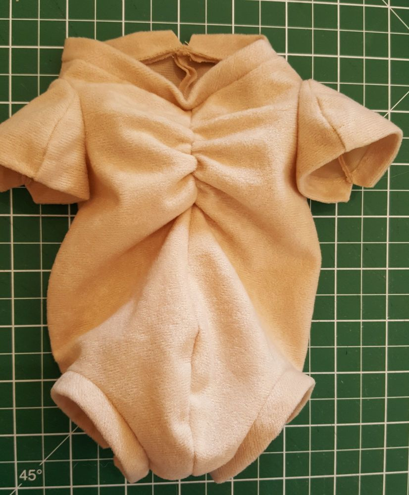 Twin A & B fabric body