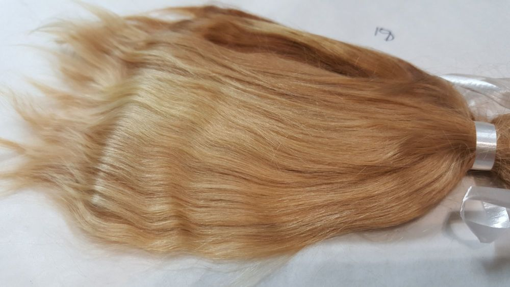 Pale Honey Blonde premium alpaca (18) 9 grams