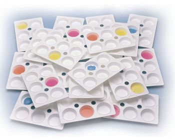 Economy Plastic Paint Palette - 23 x 15cm - Pack of 24