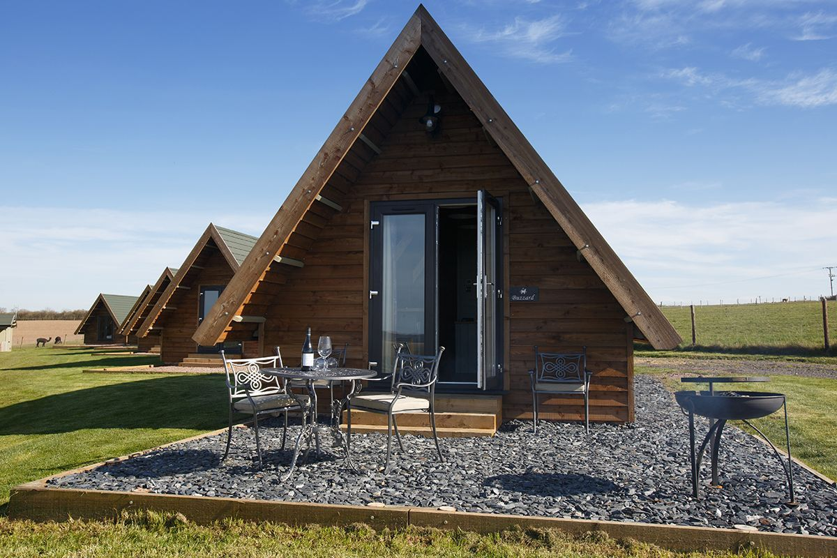 Luxury Glamping Lodges at Midshires Way Camp Site