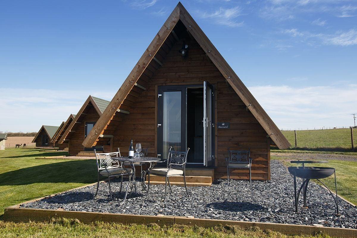 outside-lodge