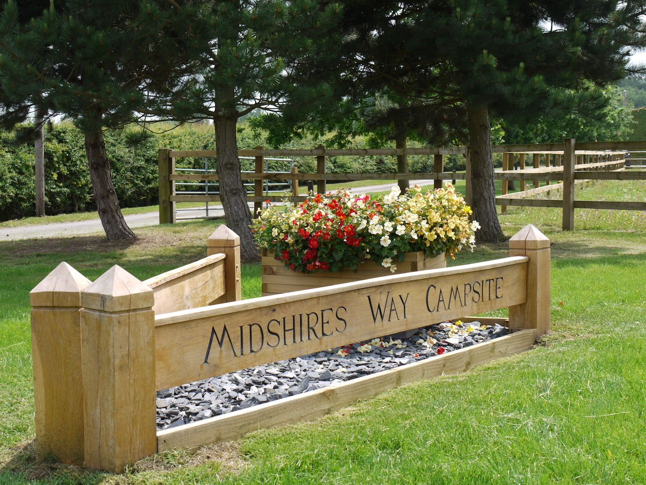 Entrance to Midshires Way Campsite