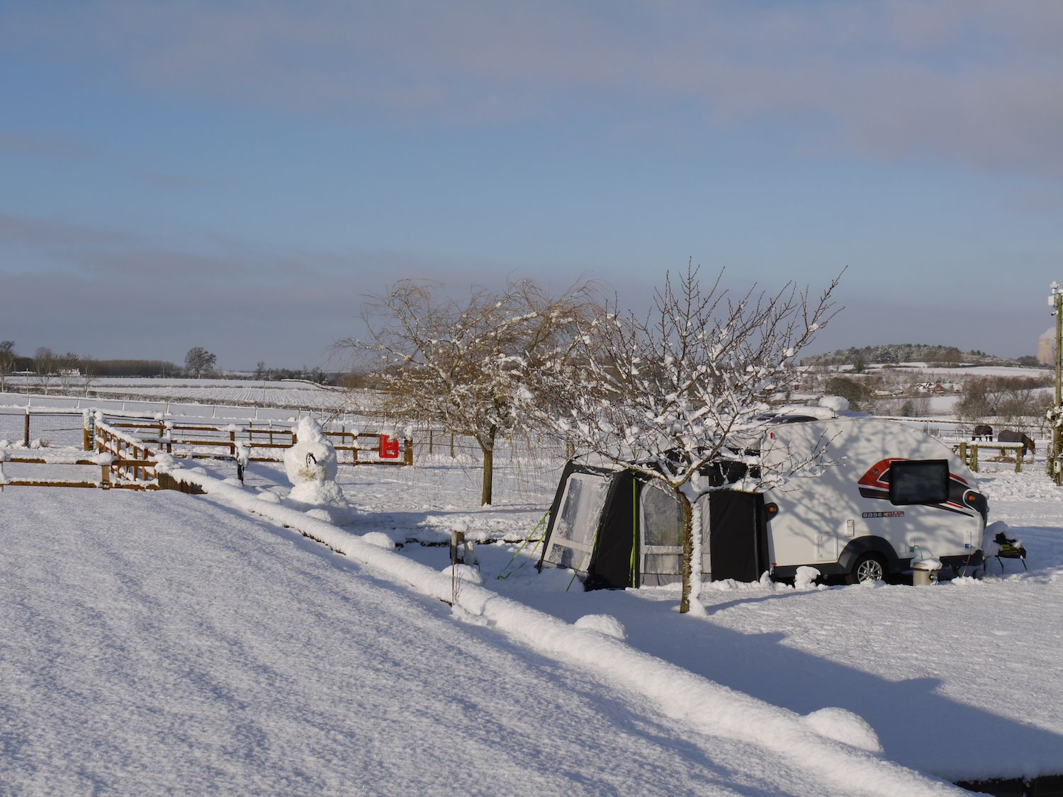 Midshires Guests Enjoying the Snow