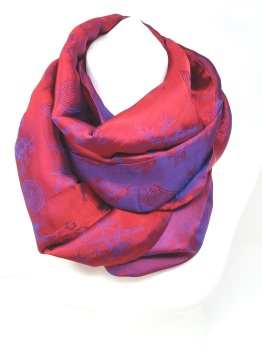 Infinity Jacquard Red & Pink Scarf