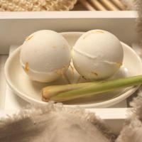 Cedarwood and Lemongrass Aromatherapy Bath Bomb