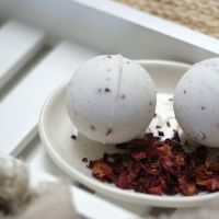 Rose Geranium Aromatherapy Bath Bomb