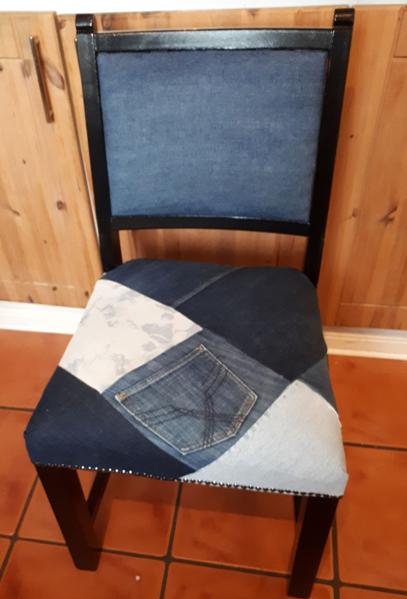 jeans chair1