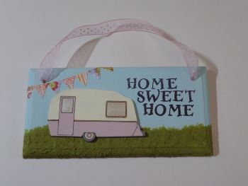 "Fun Caravan Plaque ""Home Sweet Home"" Pink 1"