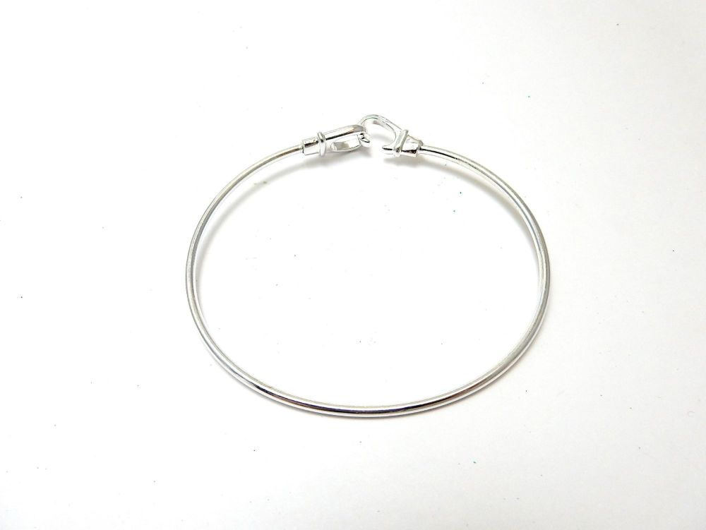 Stainless Steel Bangle Bracelet Round Silver Tone 7